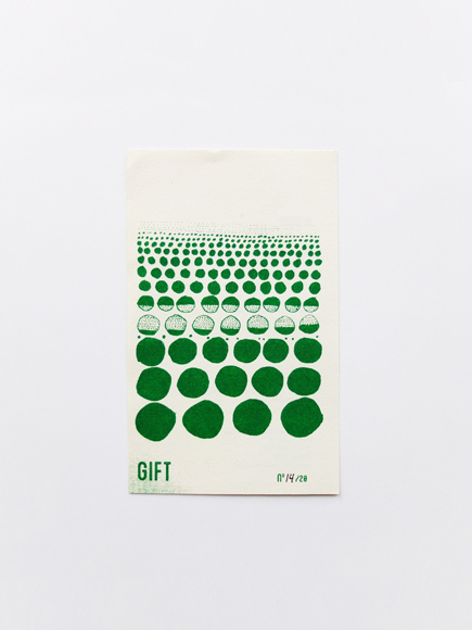 Gift14 435x580